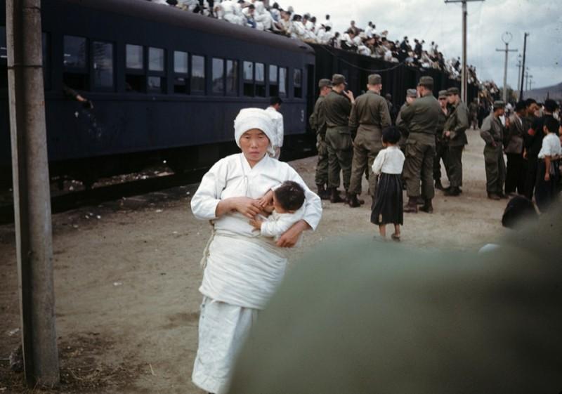 0 Refugees, 1950.jpg
