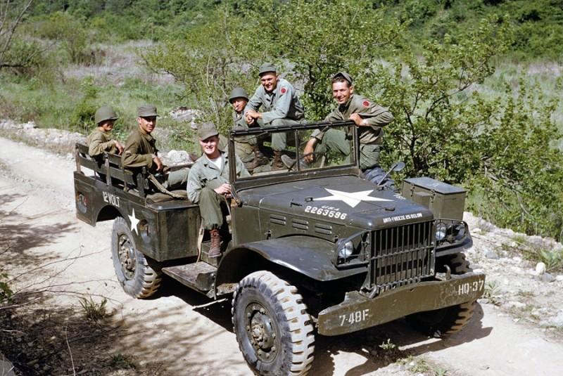 4 Survey Team, 1953.jpg